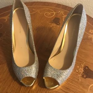 Shoes - Beautiful stiletto heels Silver with gold Hill